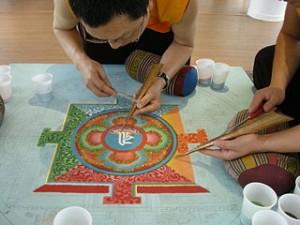 Le Mandala dans PEINTURE ET SPIRITUALITE mandala-300x225